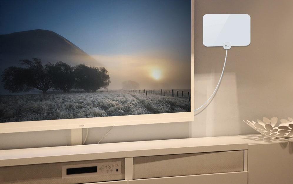 The 8 Best Indoor TV Antennas 2019 [HDTV, 4K, UHD] by Omnicore
