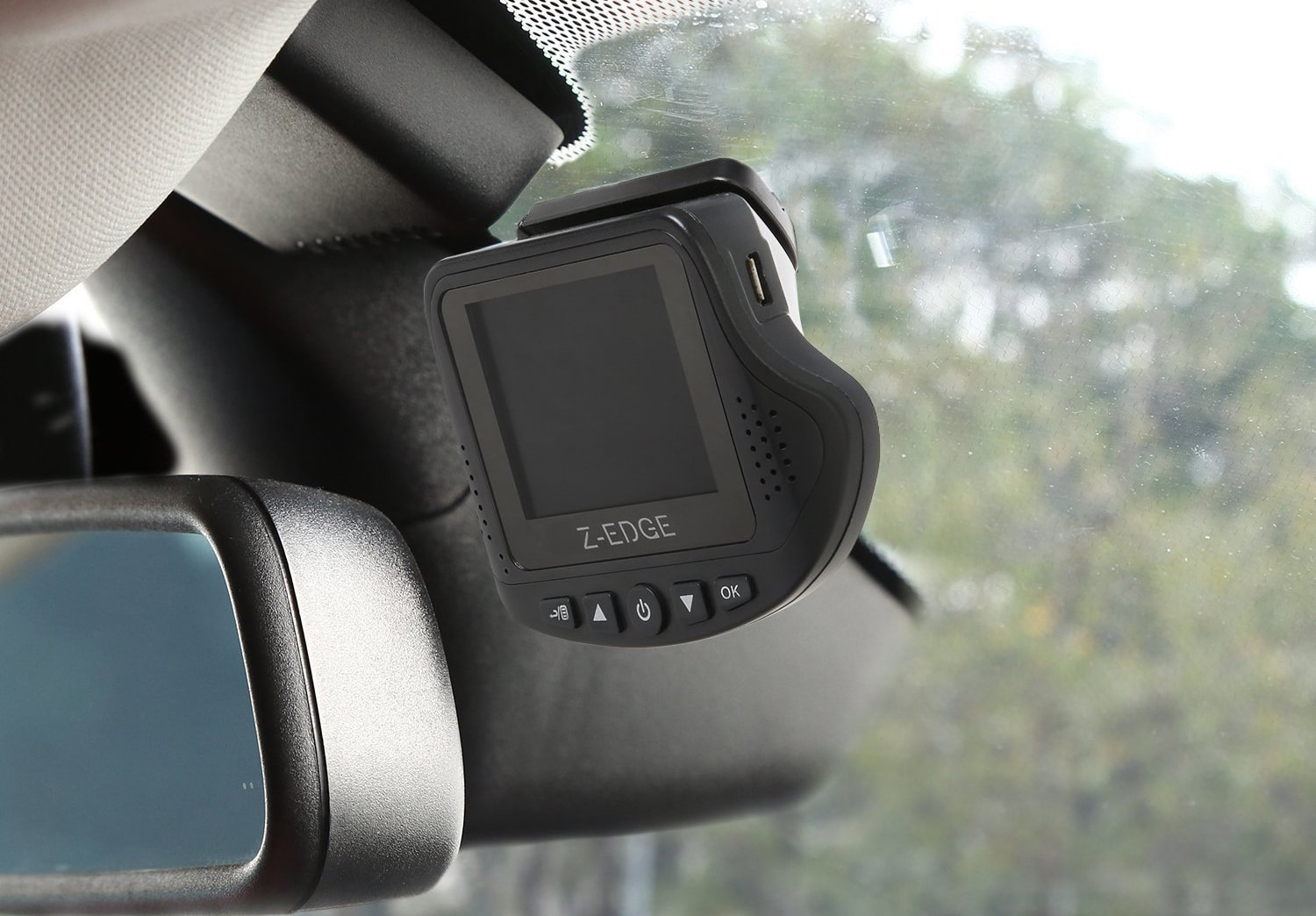 The 12 Best Dashcams In 2019 Full Hd Gps Night Vision Garmin 18 Pc Wiring Diagram With Sophisticated Camera Technology And Storage Capacity You Have Plenty Of Options When It Comes To Picking Out A Dashcam For Your Vehicle