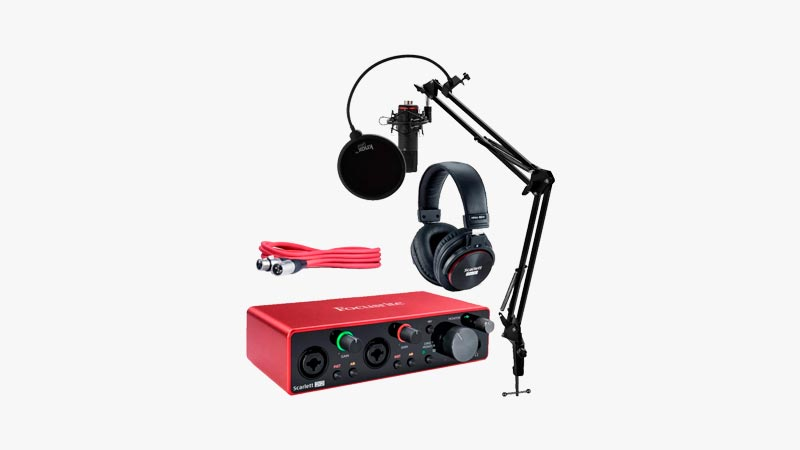 Focusrite Scarlett 2i2 Studio Audio Interface Bundle